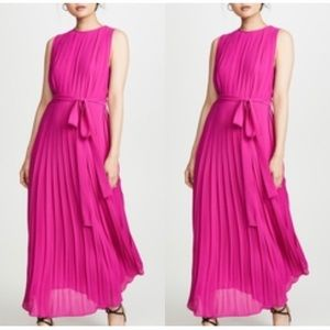 FAME AND PARTNERS Dress Lyra Pleated Midi Hot Pink